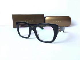 Gucci GG0180O